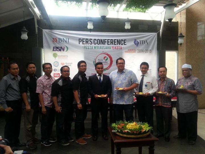Konferensi Pers Pesta Wirausaha TDA 'Indonesia Juara MEA'