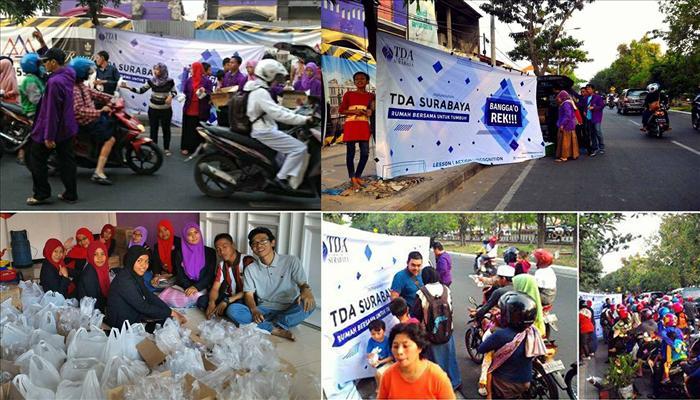 Foto Bagi Takjil TDA Surabaya (Copy)